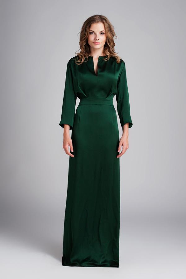 Вечернее платье из тяжелого шёлка