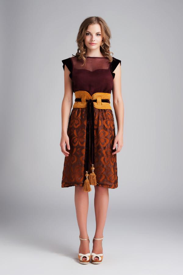 Коктейльное платье некоктейльного цвета