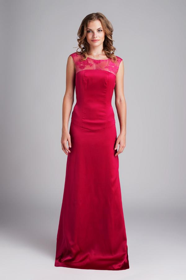 Платье из шёлка цвета малиновых пионов